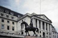 英国央行鹰派表态推动英镑急涨